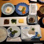 1. 「温泉旅館矢野」の朝食。イカが新鮮!